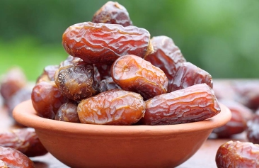 17-Amazing-Benefits-Of-Dates-For-Skin-Hair-And-Health.jpg