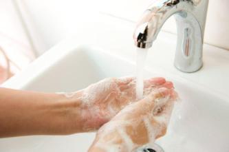 clean-hands-white-sink-v_SM